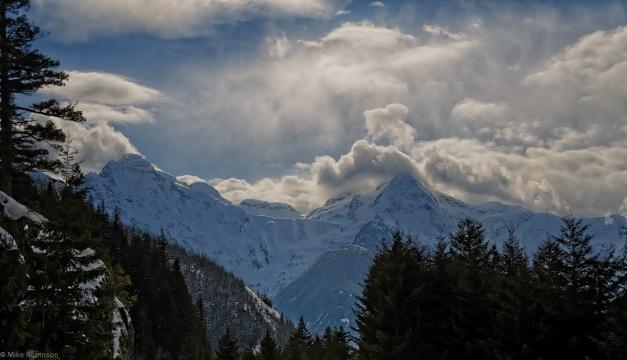 Cascades_Cloudy_Day_3