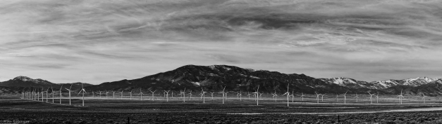 Pano_Utah_Windfarm_BW