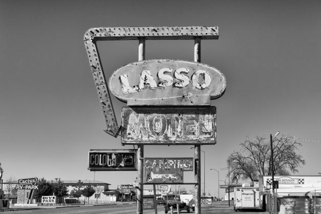Lasso_Motel