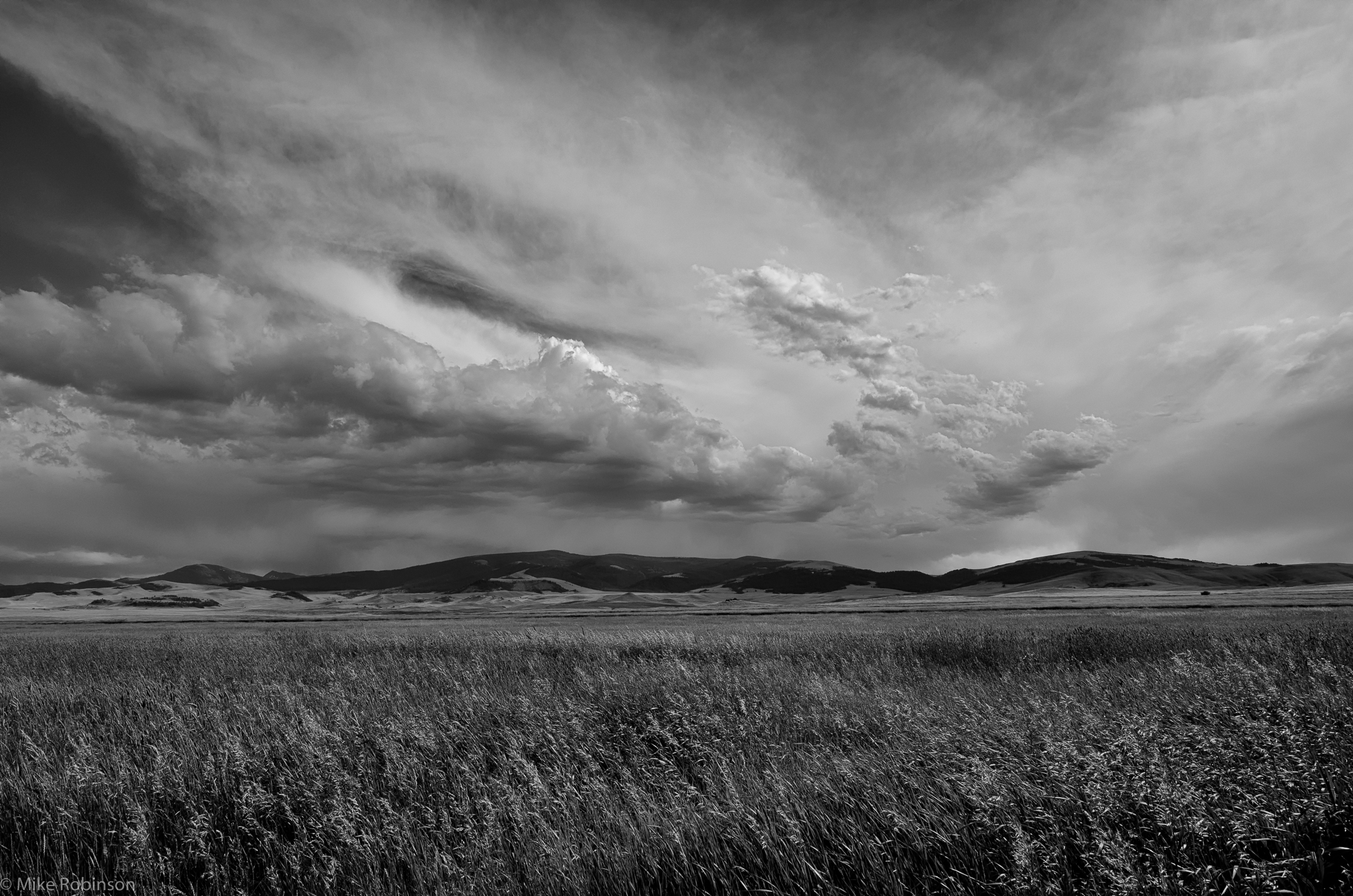 Field And Sky Photography Montana_fields_sky_bw