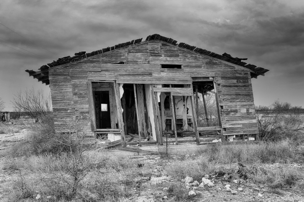 Dryden_Abandoned_House_BW