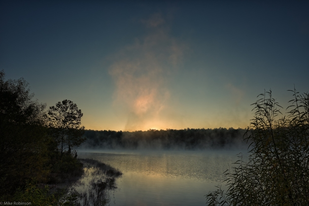 Arkansas_Lake_Misty_Sunrise