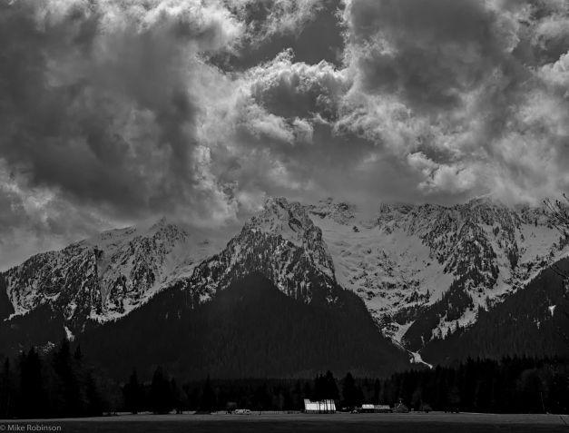 Darrington_Cloudy_Morning_BW