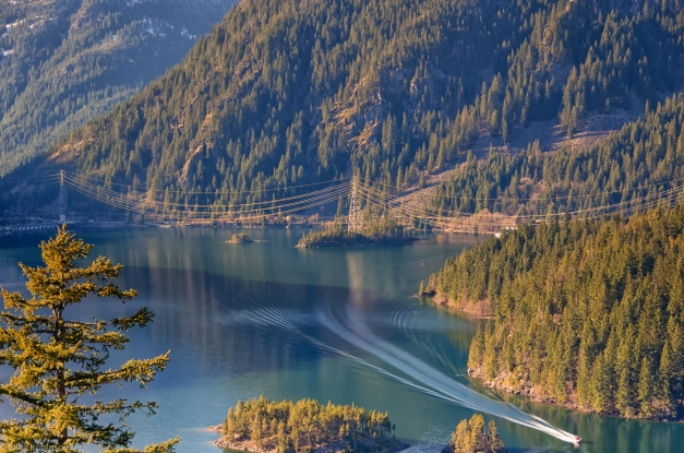 Diablo_Lake_Boat
