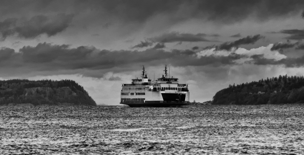 Rainy_Day_Ferry_BW