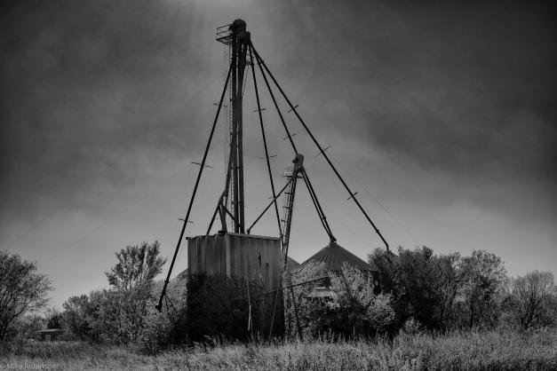 TX_Abandoned_Silo_BW