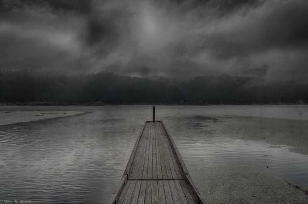 Tahkenitch_Lake_Cloudy_Morning_HDR