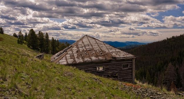 Montana_Abandoned_Mine_1