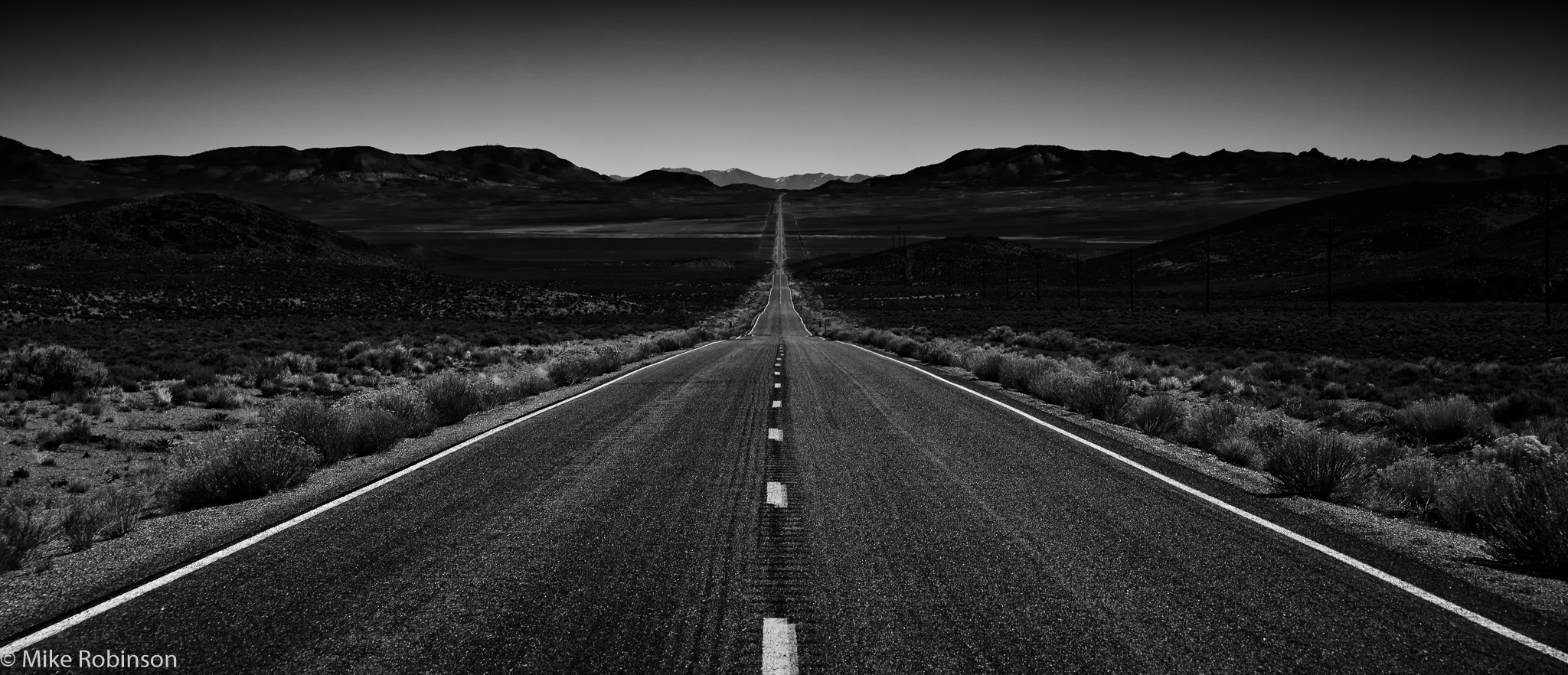 Nevada_Endless_Road_BW