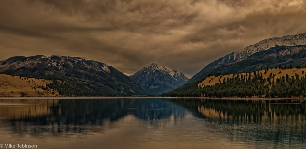 Pano_Idaho_Cloudy_Lake_Reflection