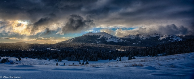 Wyoming_Mountain_Morning_HDR