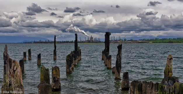 Old_Pier_and_Refinery_2