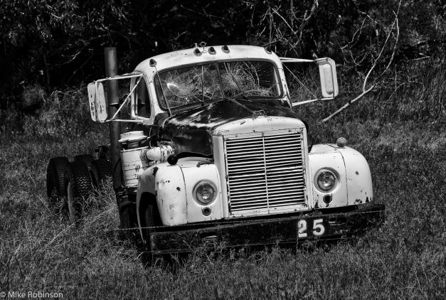 Truck_25_BW