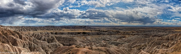 Pano_Badlands_Spring_Afternoon