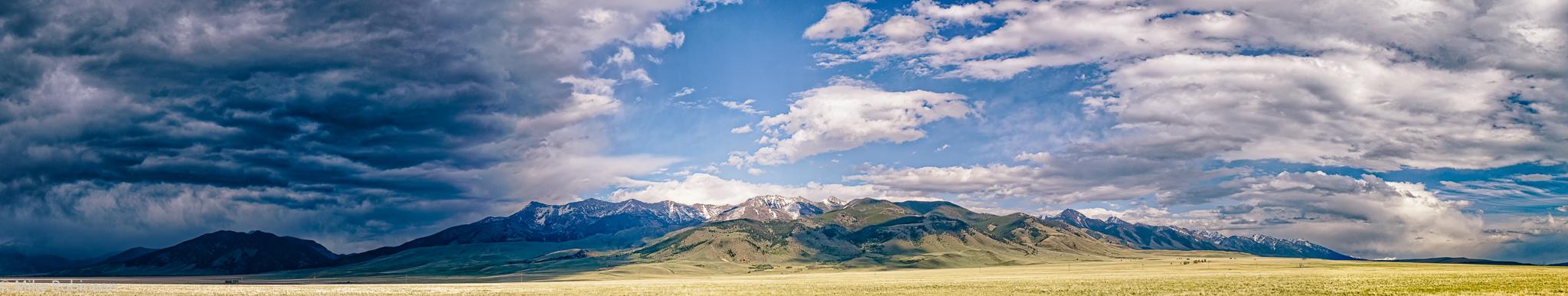 Pano_Wyoming_Spring_Skies