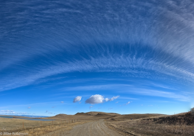 Lebo_Lake_Road_and_Sky