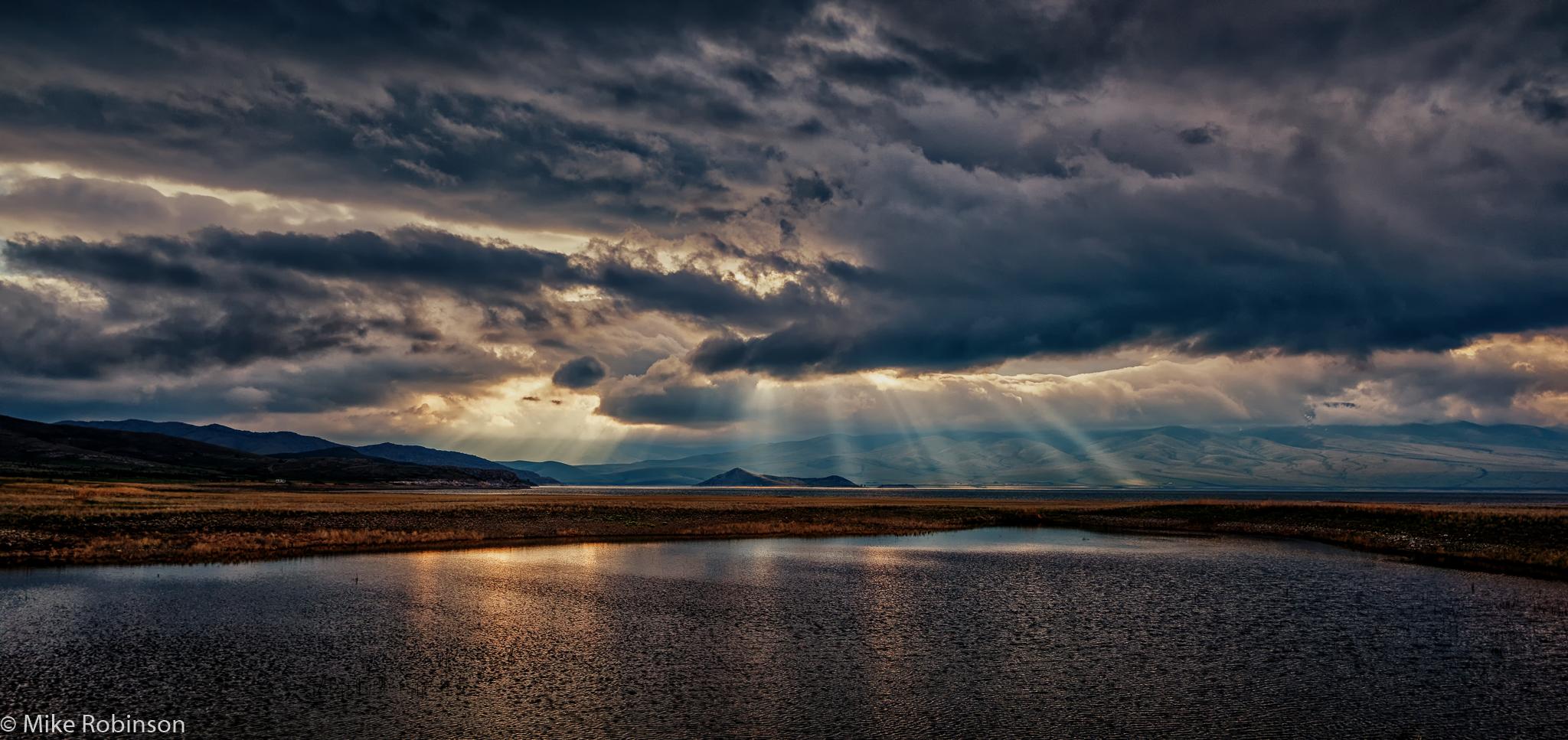 Clark_Canyon_Reservoir_4_HDR