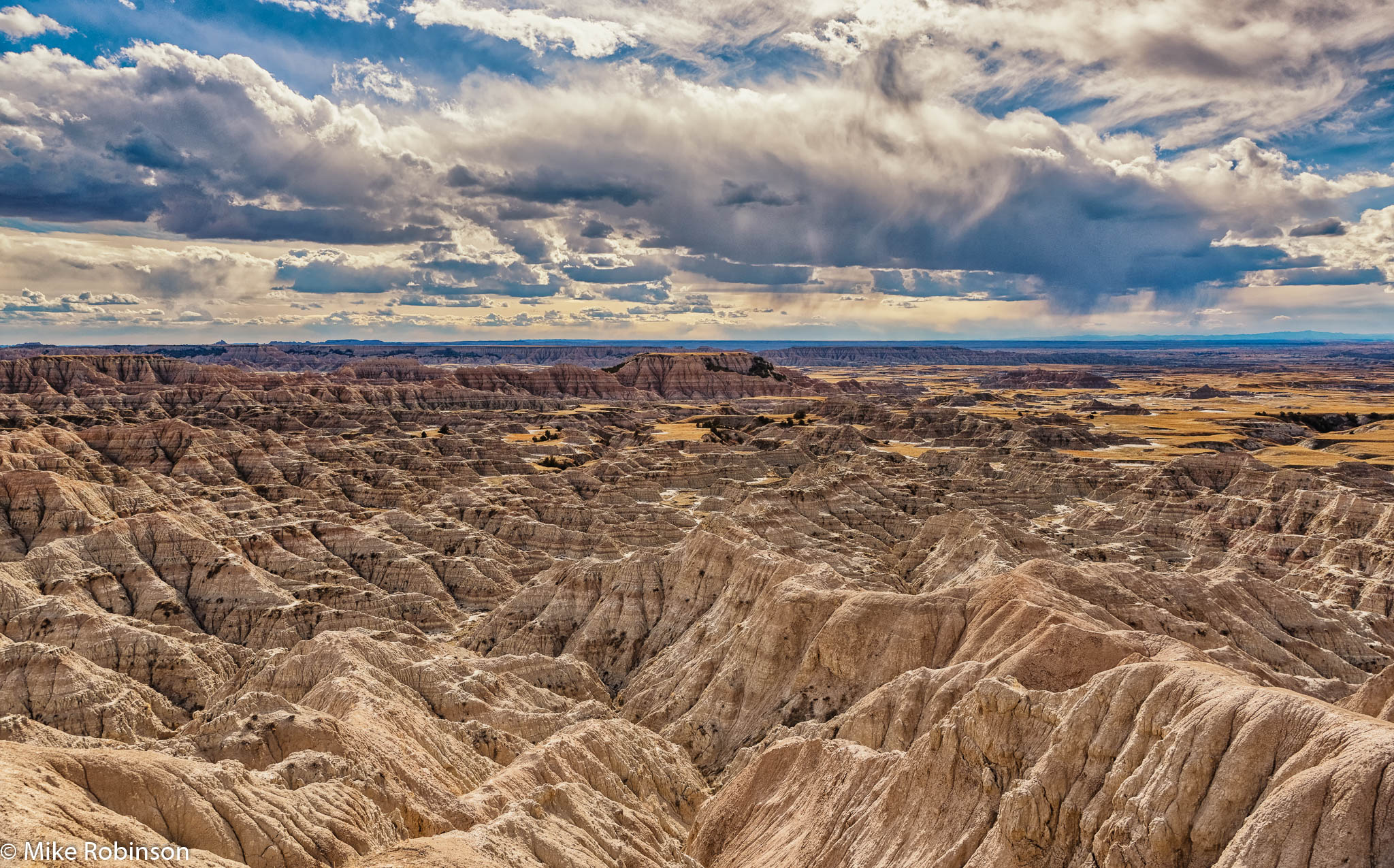 Badlands_Cloudy_Afternoon