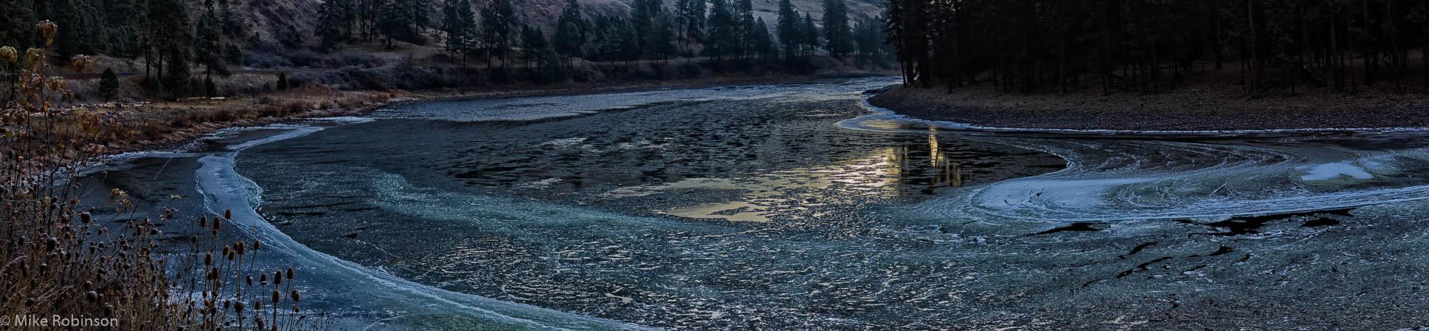 Pano_Icy_Snake_River