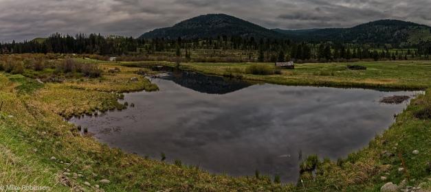 montana_cloudy_sky_pond