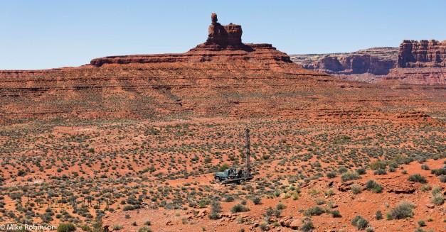 utah-desert-drill-truck