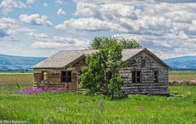 Montana Fixer-Upper 7.jpg