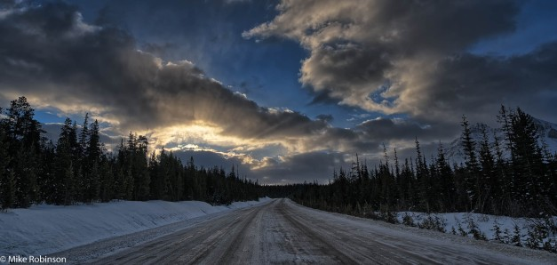 Icefields Parkway Morning.jpg