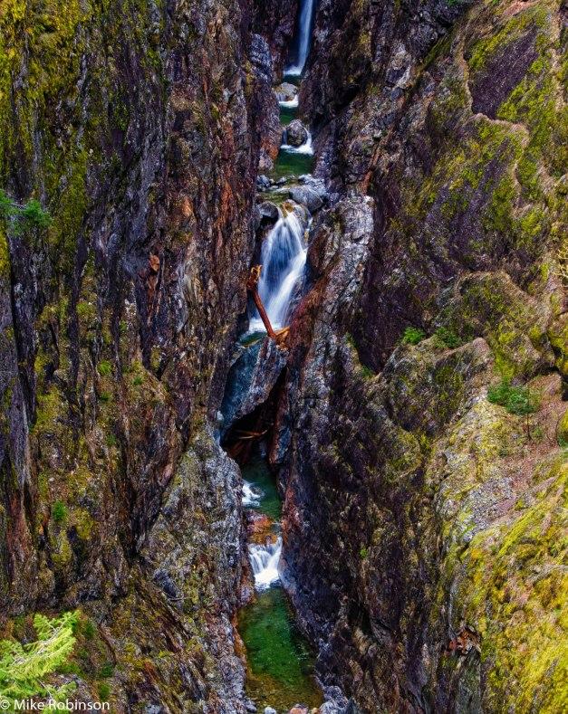 Secret Waterfall 2.jpg