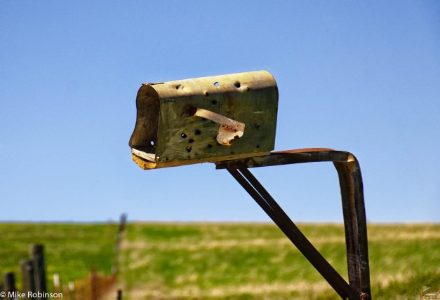 Montana Mailbox.jpg