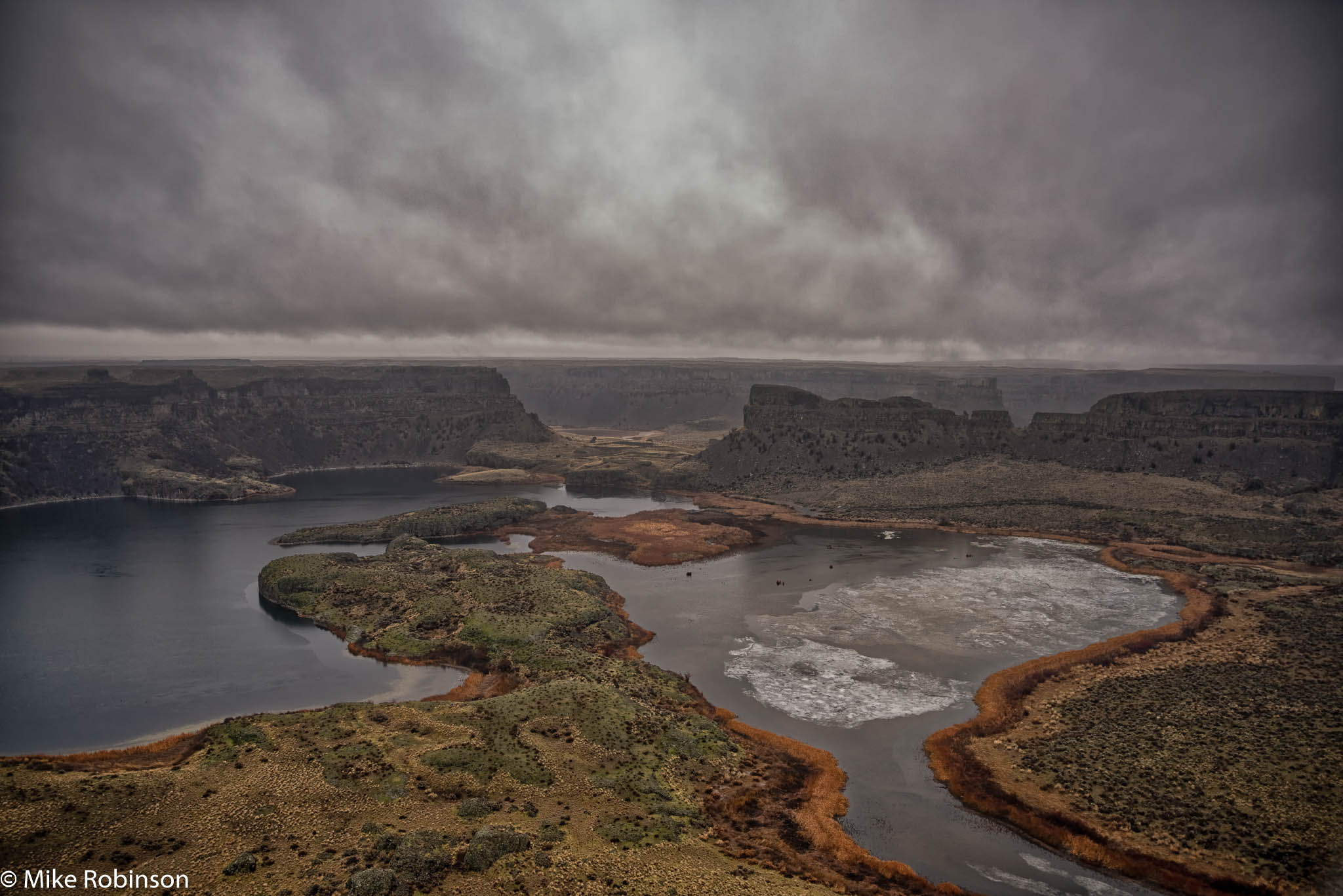 Wet Day at Dry Falls.jpg
