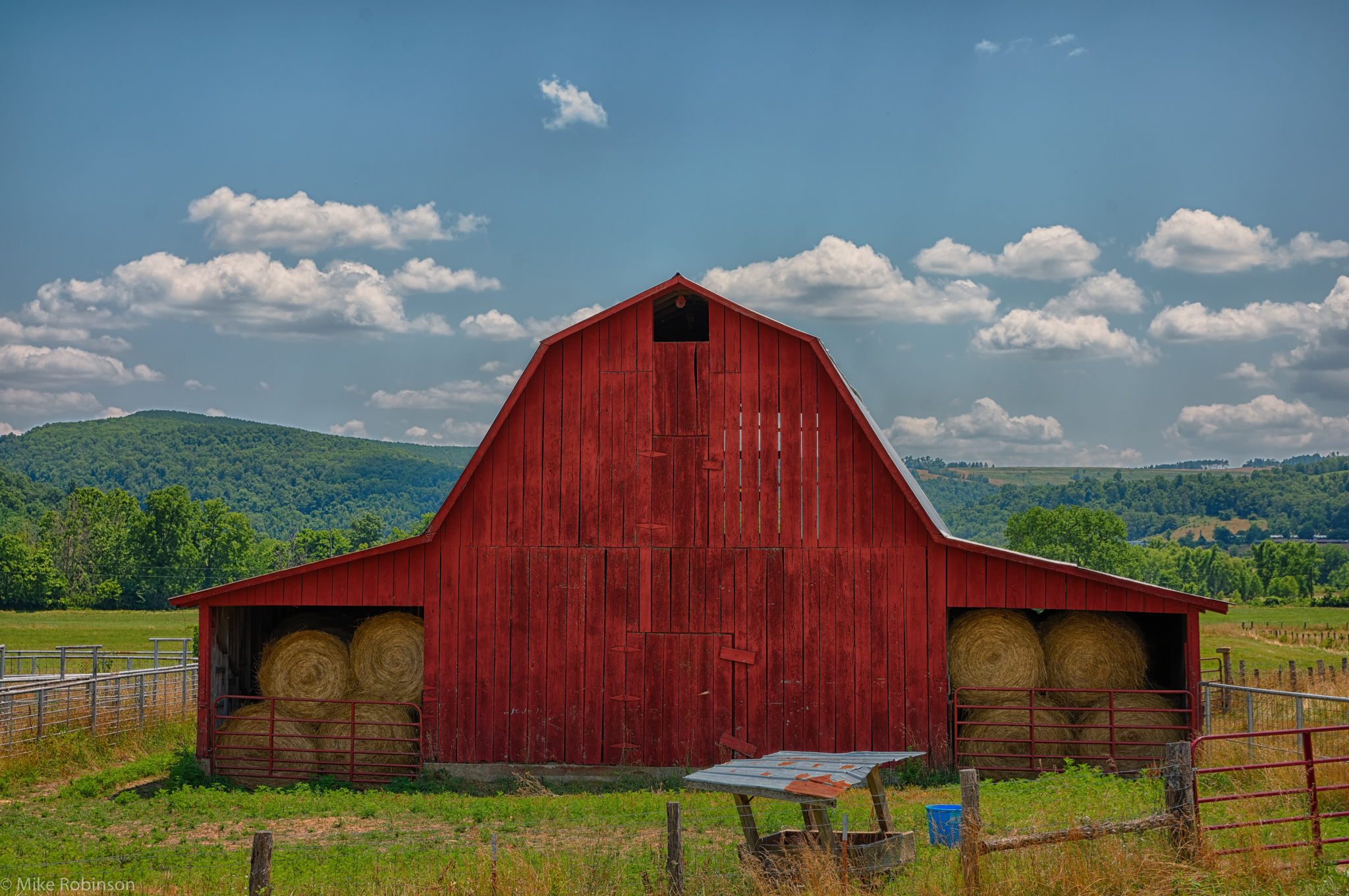 Arkansas_Red_Barn_HDR