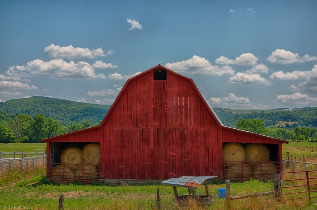 Arkansas_Red_Barn_HDR.jpg