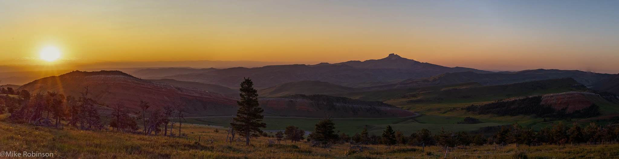 Chief Joseph Sunrise Panorama.jpg