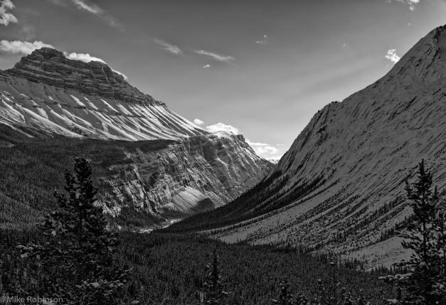 Mount Saskatchewan.jpg